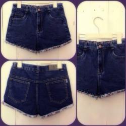 Quần short jean nữ lưng cao 1 nút xắn lai hoa - AV3357